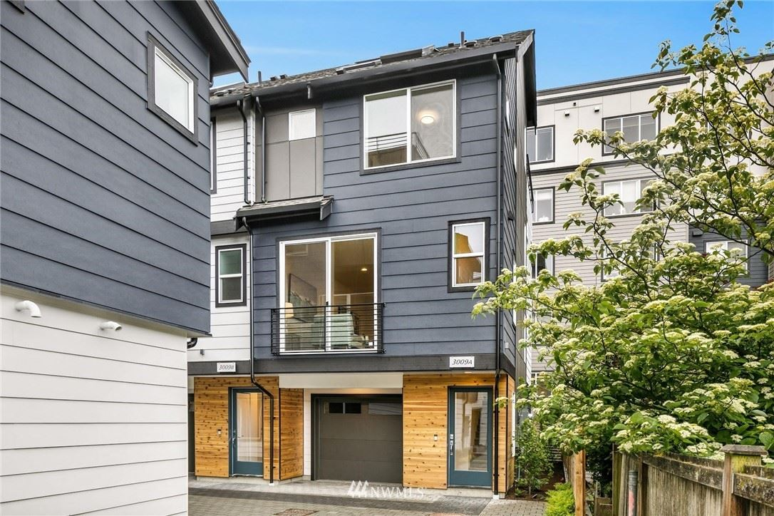 Photo of 3009 NE 130th Street #C, Seattle, WA 98125 (MLS # 1787072)