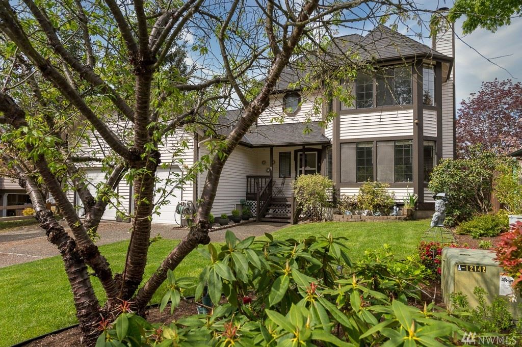 Photo of 23110 13th Place W, Bothell, WA 98021 (MLS # 1595073)