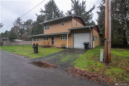 Photo of 1419 184th Place, Long Beach, WA 98631 (MLS # 1555077)