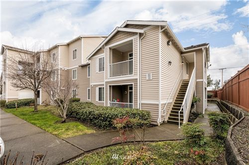 Photo of 18615 101st Avenue Ct E #263, Puyallup, WA 98375 (MLS # 1718077)