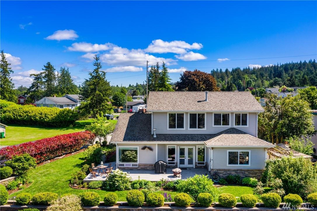 Photo of 1202 A Ave, Anacortes, WA 98221 (MLS # 1604077)