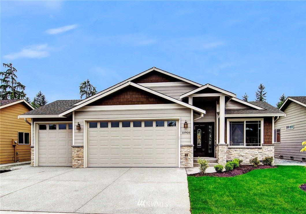 Photo of 12221 28th Drive SE, Everett, WA 98208 (MLS # 1794077)