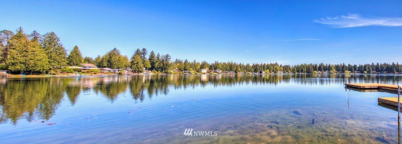 Photo of 31008 W Lake Morton Drive SE, Kent, WA 98042 (MLS # 1762078)