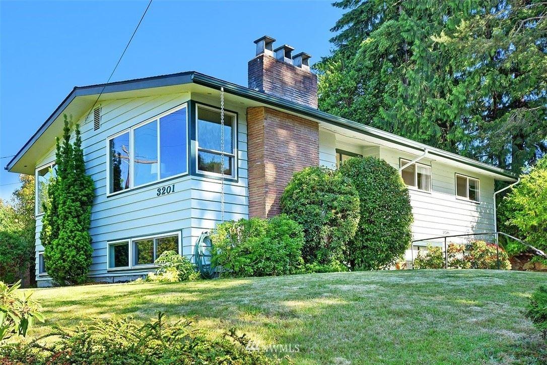 3201 NE 105th Street, Seattle, WA 98125 - #: 1789078