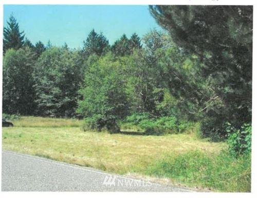 Photo of 22410 Bulson Road, Mount Vernon, WA 98274 (MLS # 1742079)
