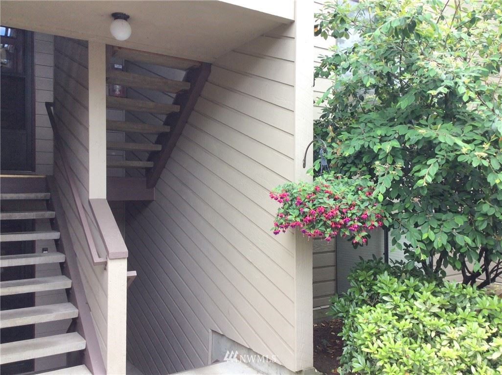 Photo of 15165 Sunwood Boulevard #CC12, Tukwila, WA 98188 (MLS # 1789080)