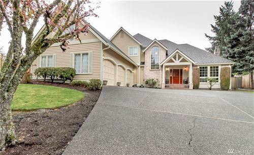 Photo of 208 SW 331st Place, Federal Way, WA 98023 (MLS # 1585081)