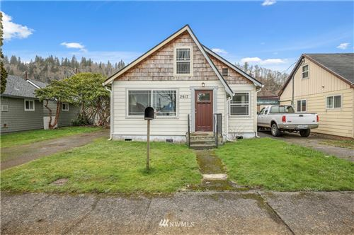 Photo of 2917 Sumner, Hoquiam, WA 98550 (MLS # 1718081)