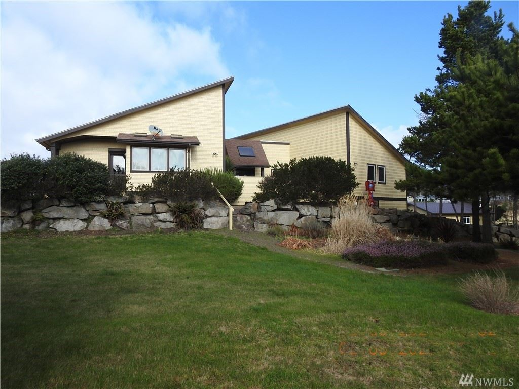 Photo of 24910 J Place, Ocean Park, WA 98640 (MLS # 1564081)