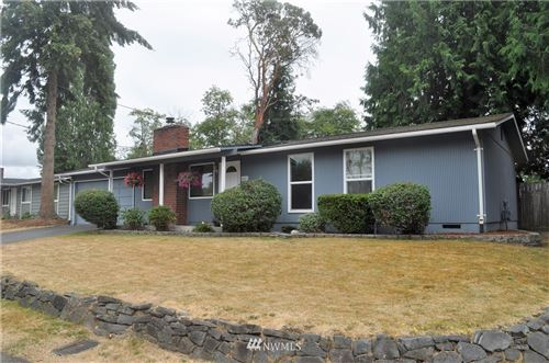 Photo of 2661 SW 332nd St, Federal Way, WA 98178 (MLS # 1644082)