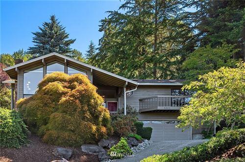 Photo of 5322 134th Avenue SE, Bellevue, WA 98006 (MLS # 1816082)