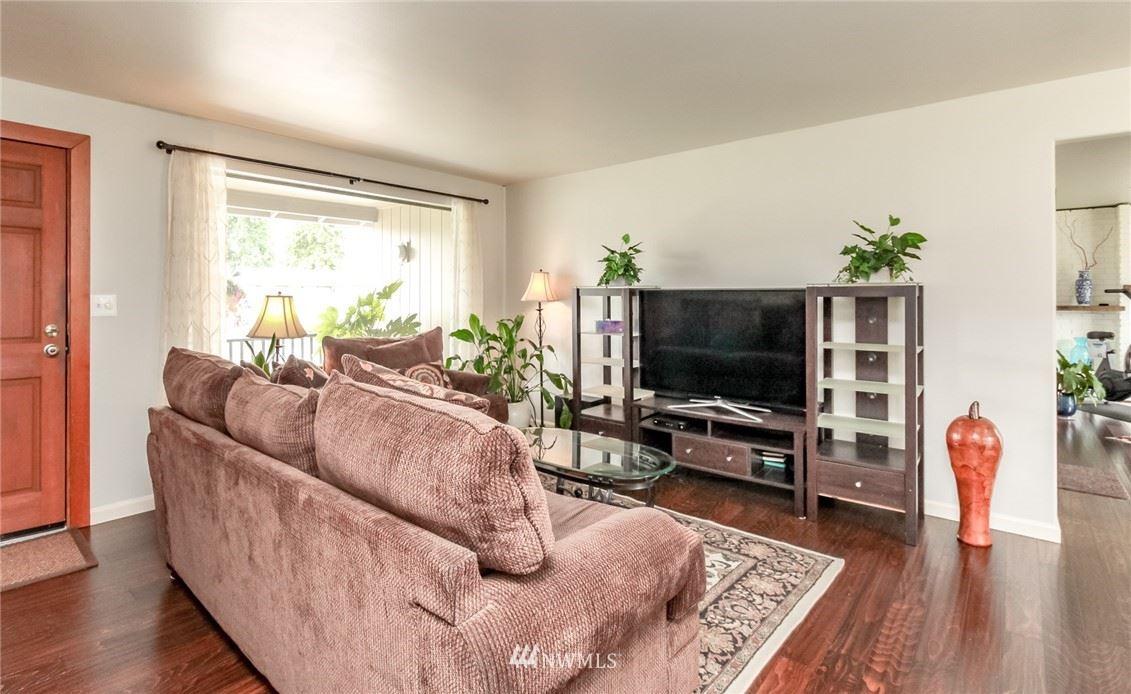 Photo of 17634 SE 260th Place, Covington, WA 98042 (MLS # 1789082)