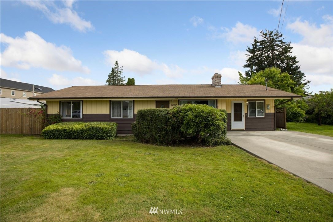Photo of 31741 W Commercial St, Carnation, WA 98014 (MLS # 1791083)