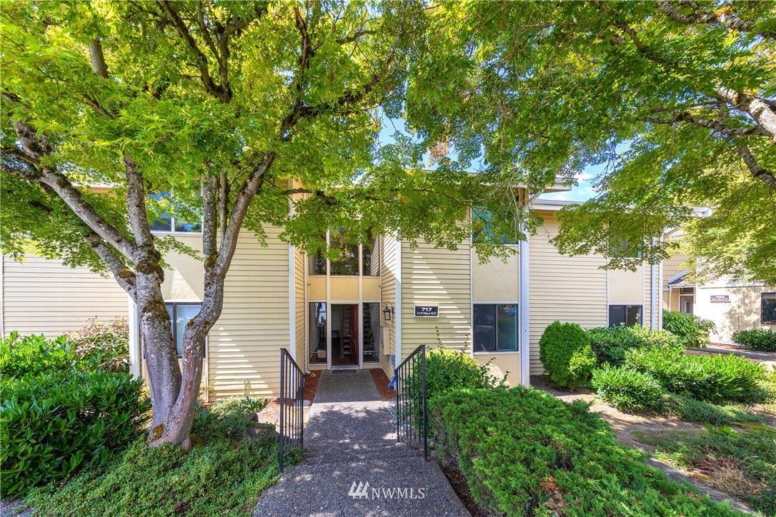 717 141st Place NE #B1, Bellevue, WA 98007 - #: 1830083
