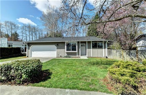 Photo of 32027 16th Place SW, Federal Way, WA 98023 (MLS # 1756085)