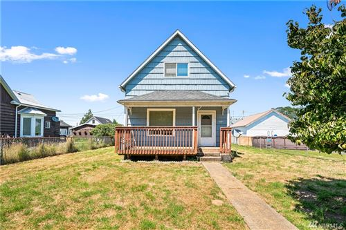 Photo of 211 Cowlitz St, South Bend, WA 98586 (MLS # 1639086)