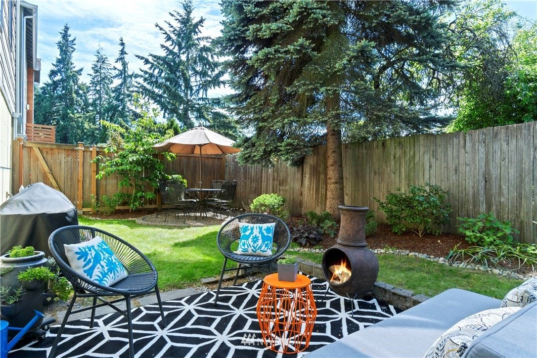 Photo of 12533 26th Avenue NE #B, Seattle, WA 98125 (MLS # 1784087)