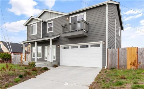 Photo of 1400 E Whidbey Avenue, Oak Harbor, WA 98277 (MLS # 1858088)