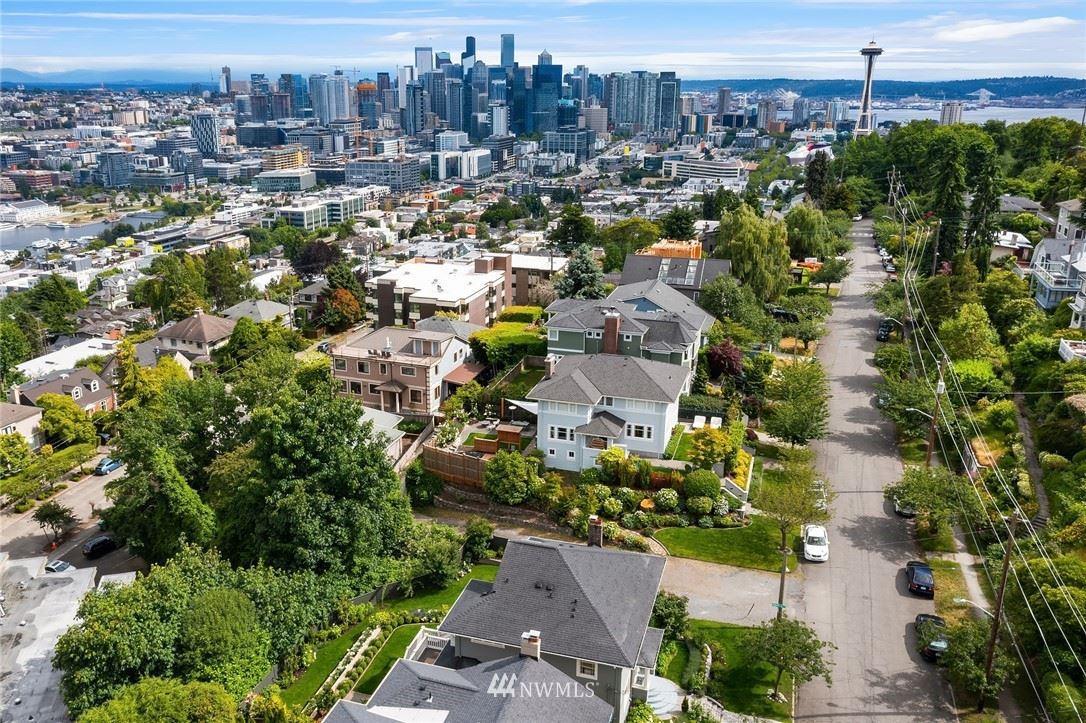 Photo of 1702 Bigelow Avenue N, Seattle, WA 98109 (MLS # 1788088)