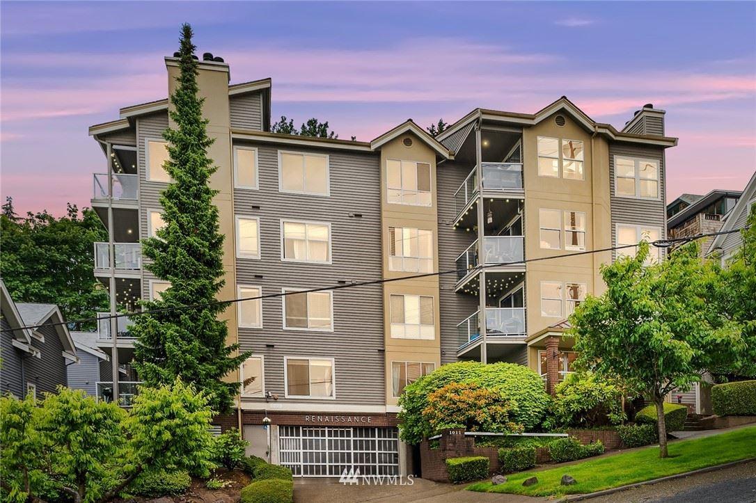 Photo of 1011 5th Avenue N #204, Seattle, WA 98109 (MLS # 1789090)