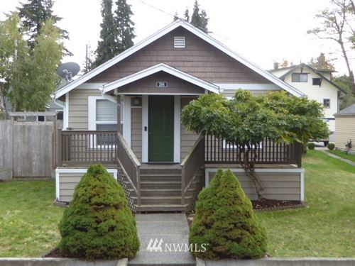 Photo of 204 E Spruce Street, Mount Vernon, WA 98273 (MLS # 1683093)