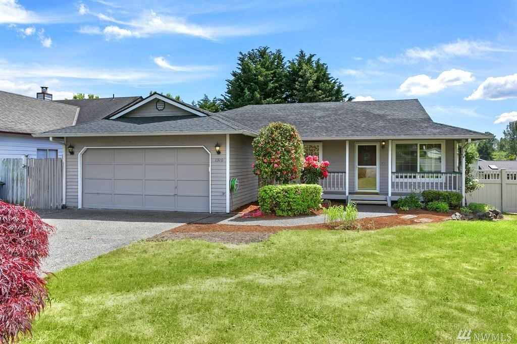 Photo of 1310 233rd Place SW, Bothell, WA 98021 (MLS # 1603093)