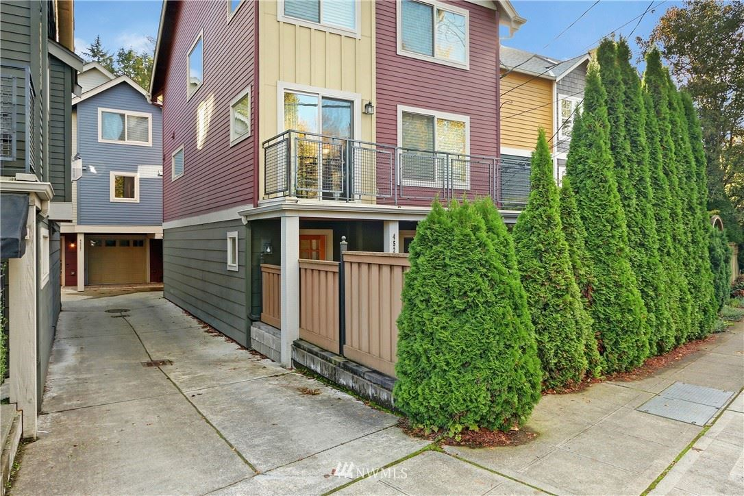 Photo of 4527 55th Street NE #B, Seattle, WA 98105 (MLS # 1693093)