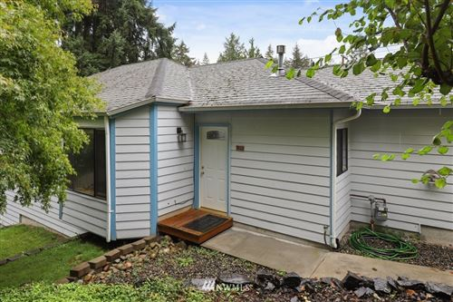 Photo of 7518 Locust Extension Avenue E, Bonney Lake, WA 98391 (MLS # 1669094)