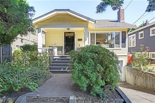 Photo of 1406 N 46th Street, Seattle, WA 98103 (MLS # 1811094)