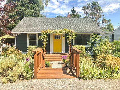 Photo of 9812 32nd Avenue SW, Seattle, WA 98126 (MLS # 1817094)