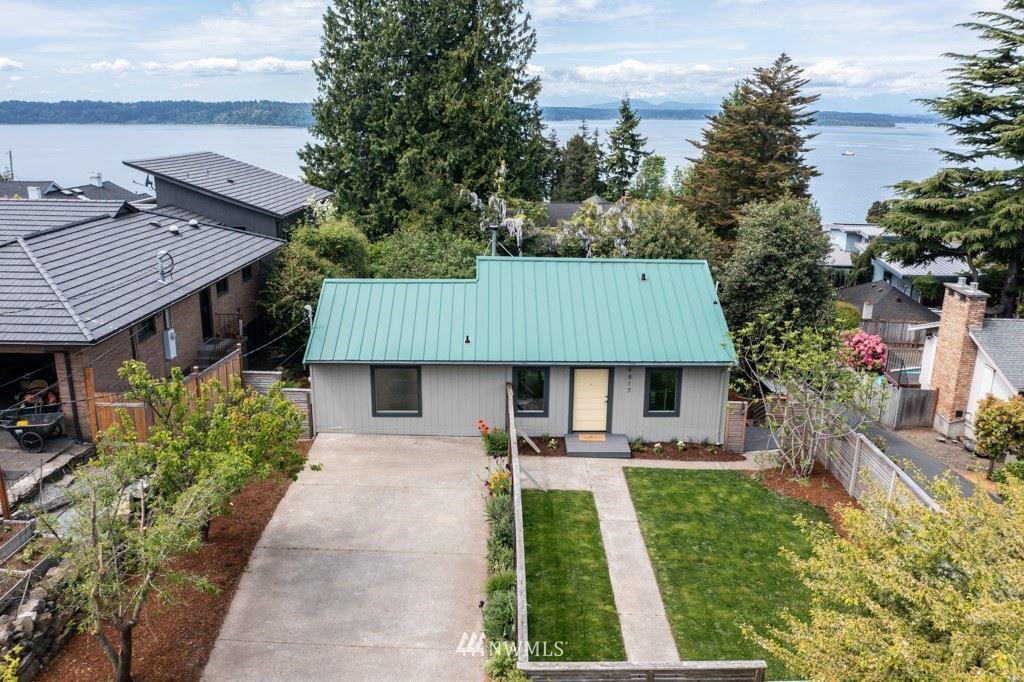 Photo of 9817 45th Avenue SW, Seattle, WA 98136 (MLS # 1772095)