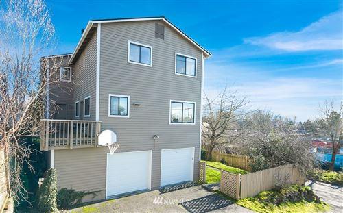 Photo of 4501 NE 37 Street, Seattle, WA 98105 (MLS # 1720097)