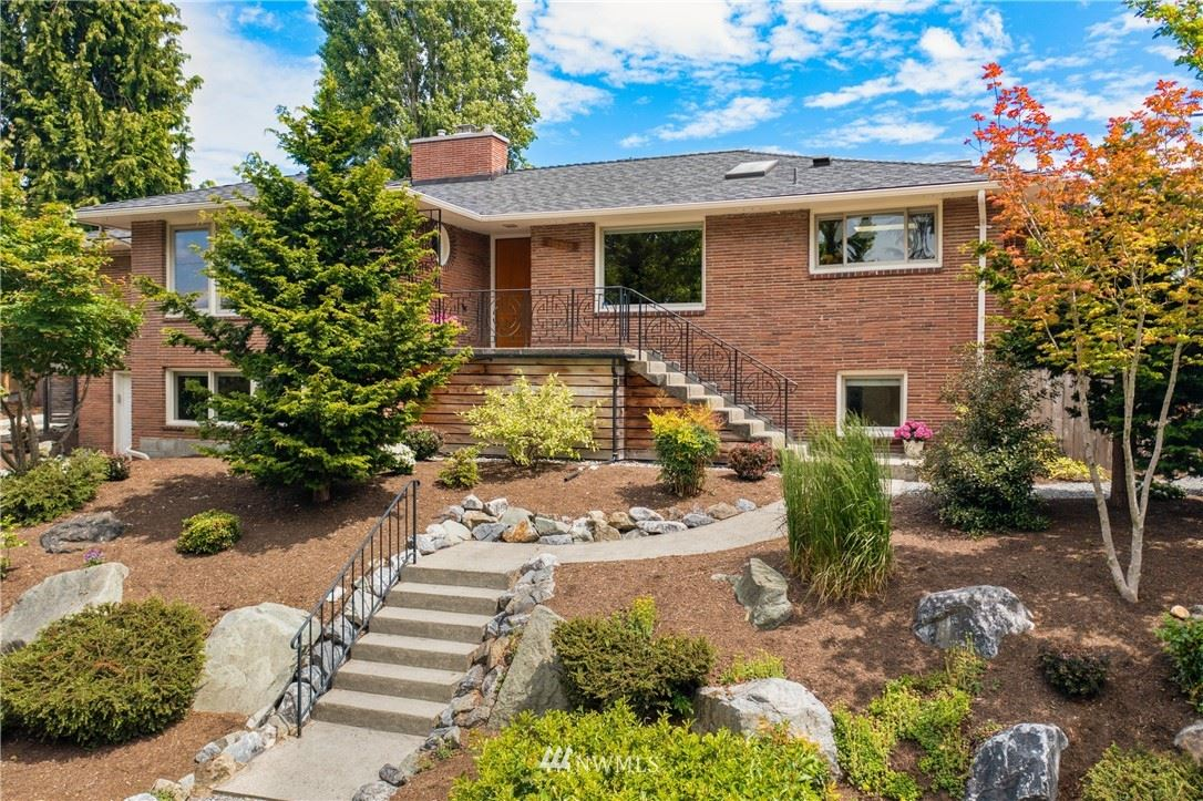 11704 Palatine Avenue N, Seattle, WA 98133 - #: 1775097