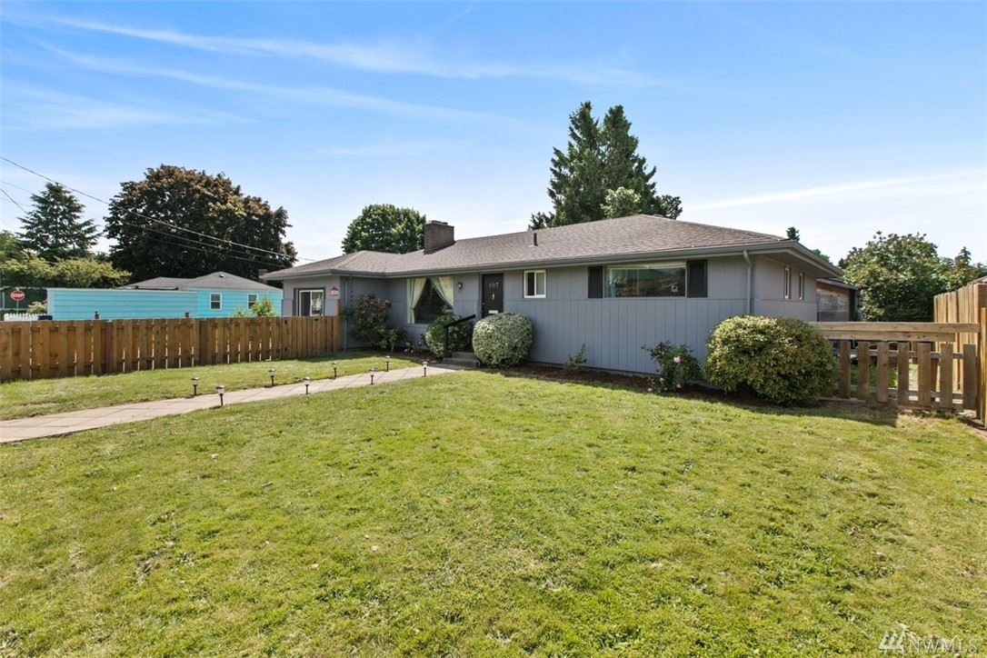 Photo of 107 McKinley St, Burlington, WA 98233 (MLS # 1608098)