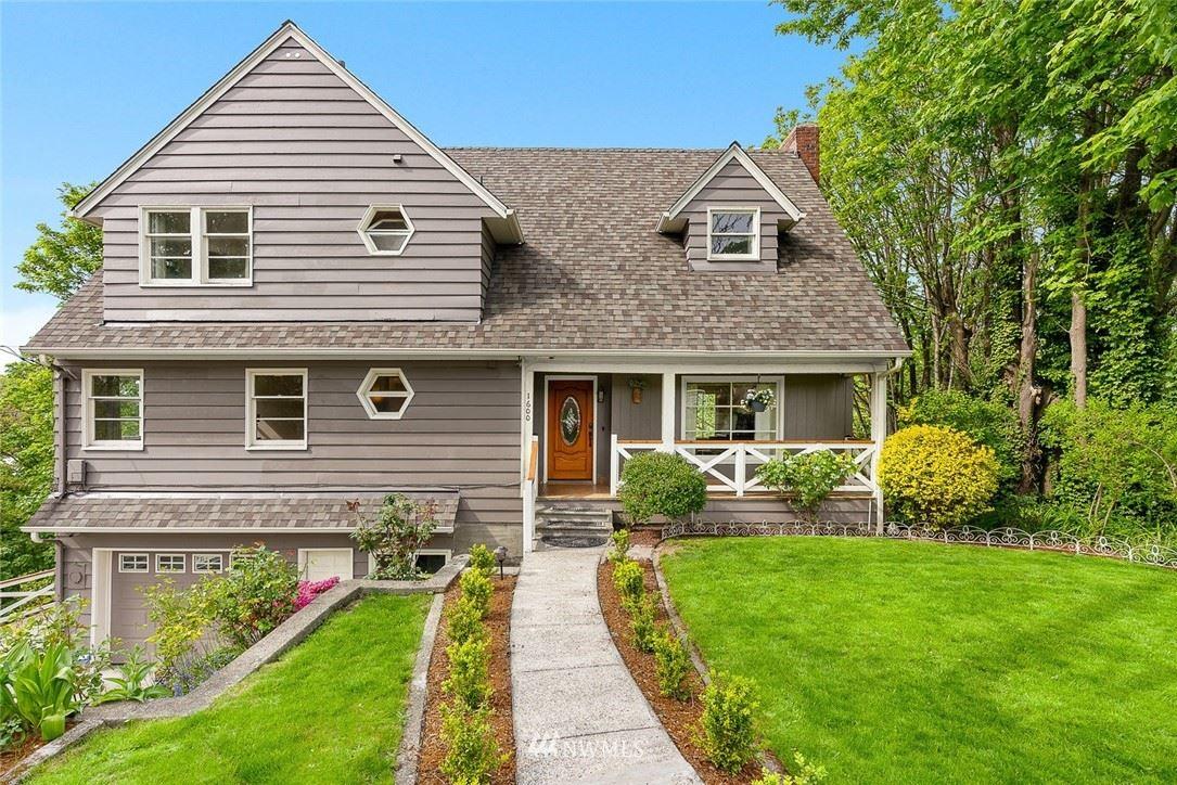 Photo of 1600 SW Dawson Street, Seattle, WA 98106 (MLS # 1770098)