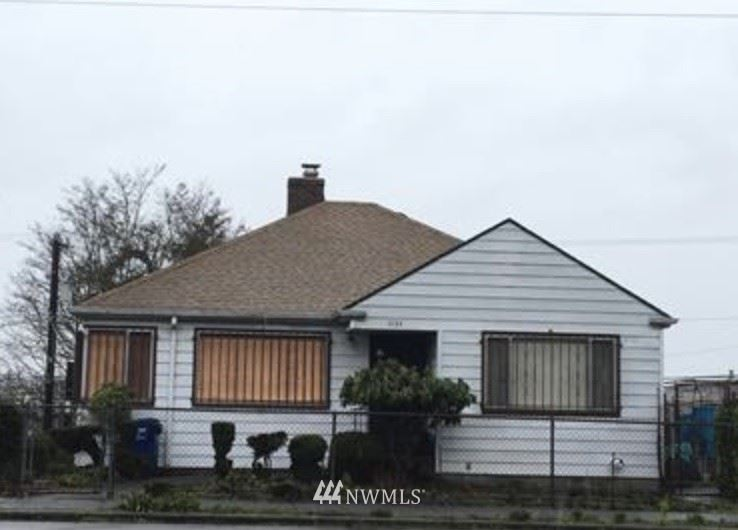 Photo of 1133 31st Avenue S, Seattle, WA 98144 (MLS # 1789098)