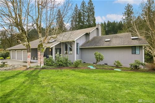Photo of 13760 223rd Ave SE, Issaquah, WA 98027 (MLS # 1580100)