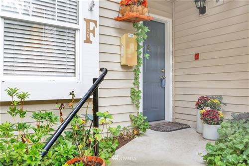 Photo of 2300 Jefferson Avenue NE #F126, Renton, WA 98056 (MLS # 1680101)