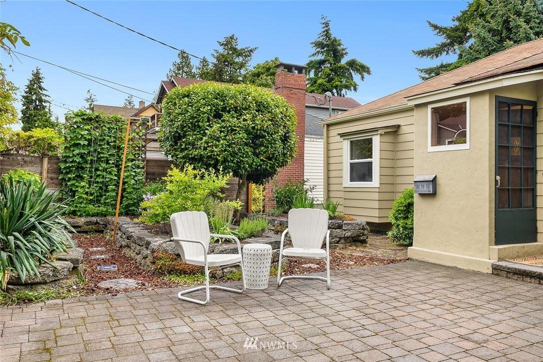 Photo of 8522 Ashworth Avenue N, Seattle, WA 98103 (MLS # 1782101)
