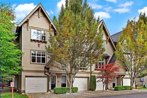 Photo of 22636 NE Alder Crest Lane, Redmond, WA 98053 (MLS # 1836103)