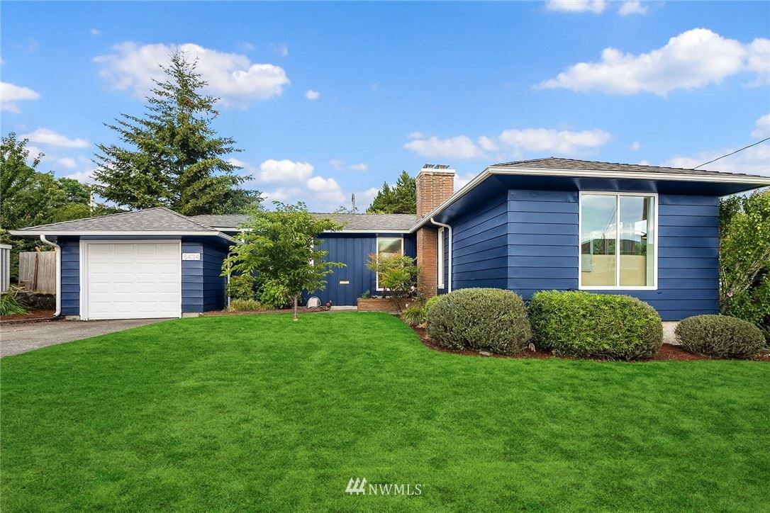 Photo of 8434 40th Avenue SW, Seattle, WA 98136 (MLS # 1636103)