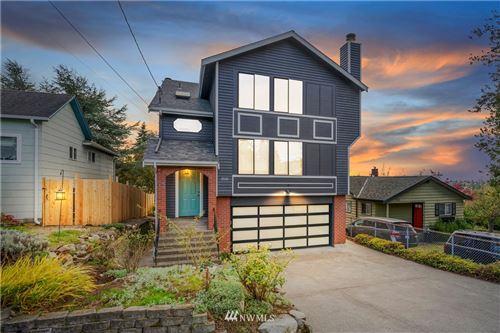 Photo of 2115 N 86th Street, Seattle, WA 98103 (MLS # 1684104)