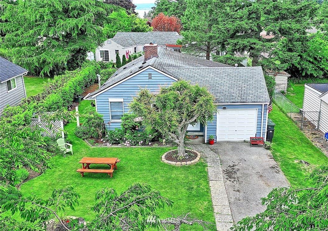 Photo of 323 View Ridge Drive, Everett, WA 98203 (MLS # 1790106)
