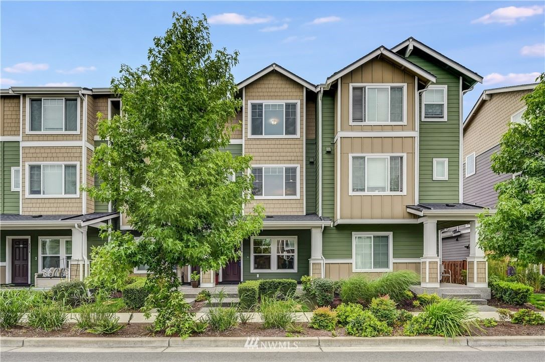 Photo of 3330 31st Drive, Everett, WA 98201 (MLS # 1793108)