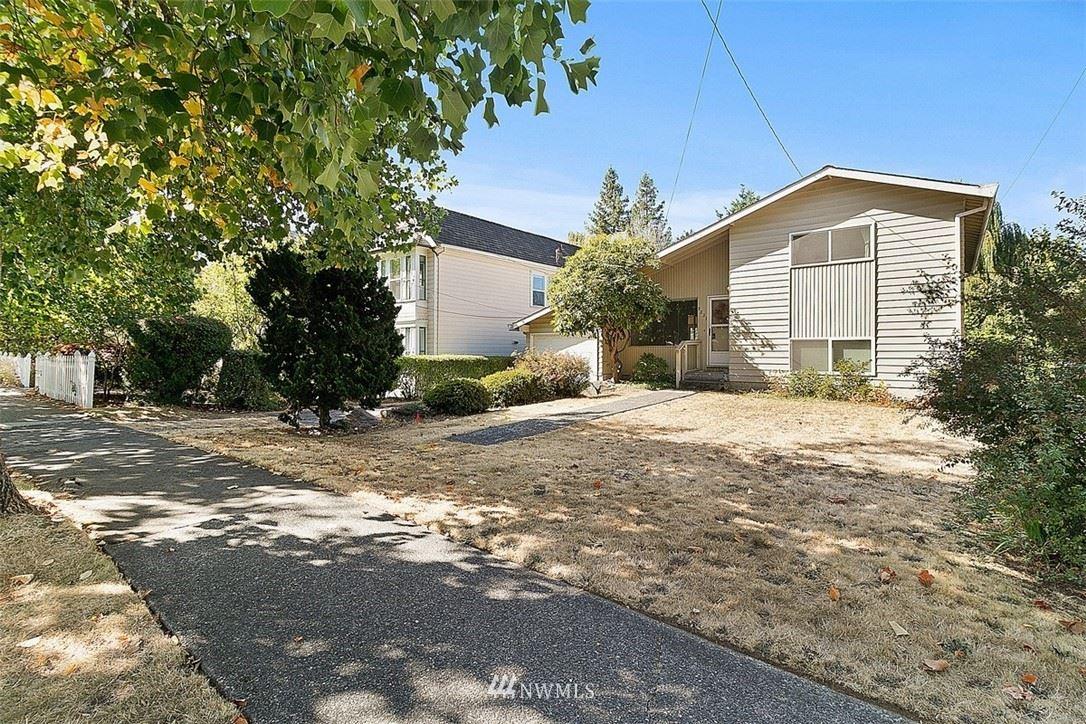 9227 College Way N, Seattle, WA 98103 - #: 1841111