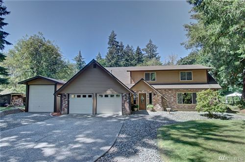 Photo of 2441 Cooperfield Dr NW, Olympia, WA 98502 (MLS # 1638112)