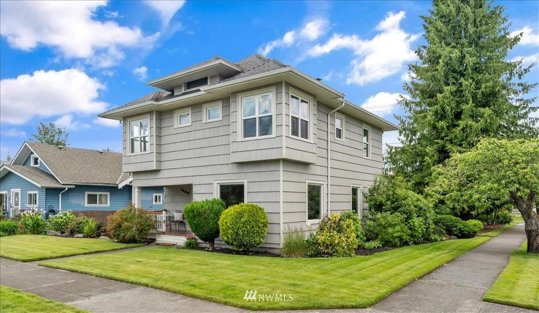 Photo of 1602 Rockefeller Avenue, Everett, WA 98201 (MLS # 1792112)