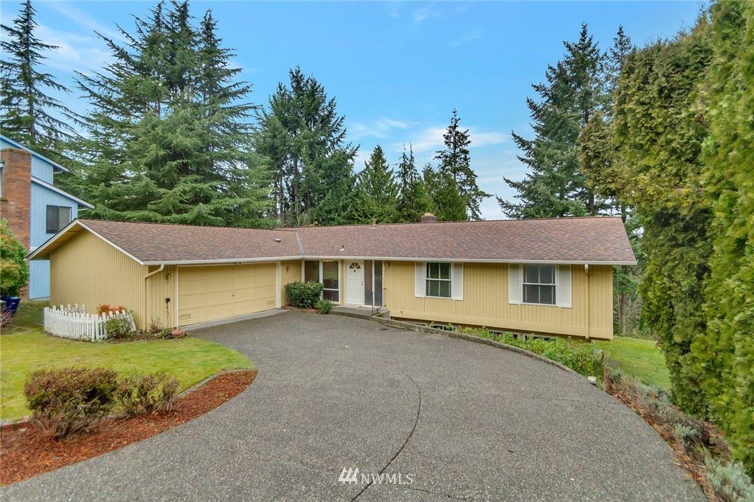 Photo of 14824 SE 49th Street, Bellevue, WA 98006 (MLS # 1721113)