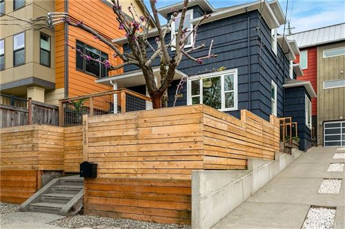 Photo of 3618 Interlake Ave N, Seattle, WA 98103 (MLS # 1596119)