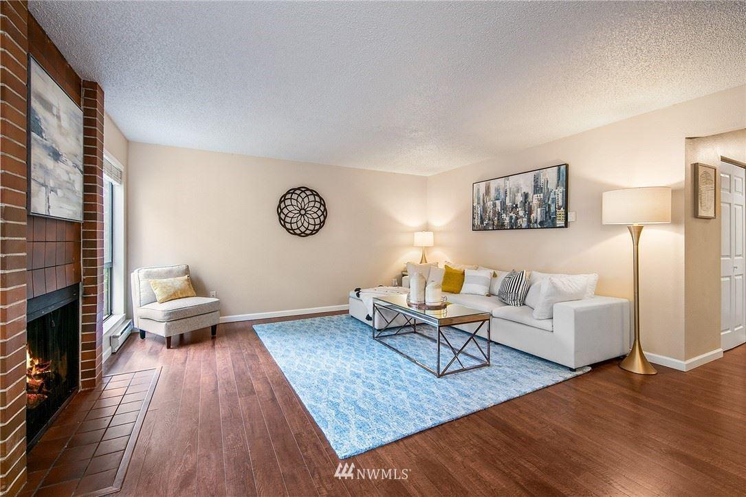 Photo of 1603 103rd Place NE #O2, Bellevue, WA 98004 (MLS # 1772119)